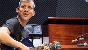 190820-music-performance-l2.jpg